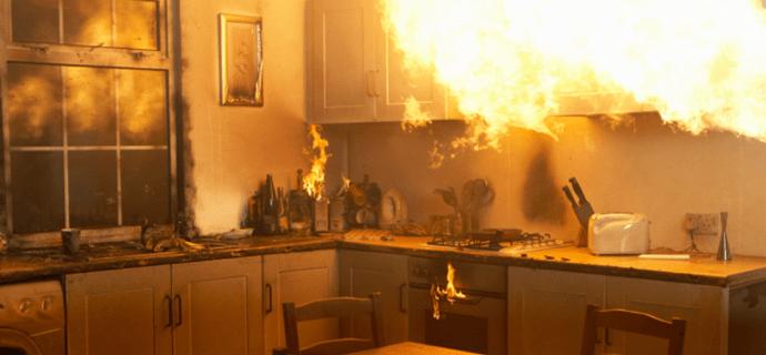 Быстро открыть дверь при пожаре