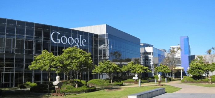 Google Assistant тайно записывает голосовые команды и речь пользователей